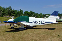 SE-GAZ   Piper PA-28-140 Cherokee [28-7325216] Stockholm-Barkarby~SE 07/06/2008 (raybarber2) Tags: 287325216 airportdata cn287325216 eskb filed flickr planebase raybarber segaz single swedishcivil