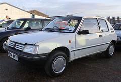 K904 NWV (2) (Nivek.Old.Gold) Tags: 1993 peugeot 205 trio 3door 1124cc nationcars eastbourne aca