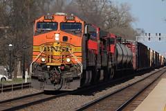 Direct sunlight (DonnieMarcos) Tags: railroad railway railfanning railfan rail rails railroads racetrack bnsf bnsfrailway bnsfracetrack bnsfchicago bnsfchicagosub riverside riversideil