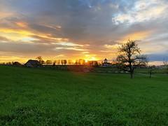 Sonnenuntergang bei Schlosswil (Martinus VI) Tags: sonnenuntergang sunset sundown atardecer puesta de sol coucher du soleil tramonto schlosswil kanton canton bern berne berna berner bernese schweiz switzerland suisse suiza svizzera swiss y190426 martinus6 martinus6xy martinus martinusvi