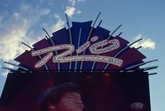 Rio, Las Vegas, Nevada (Roger Gerbig) Tags: rio lasvegas nevada rogergerbig canonf1 canonfd35105mmf35 kodakelitechrome200 ed200 slidefilm 135film 35mm transparencyfilm