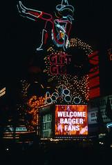 Glitter Gulch, Downtown Las Vegas (Roger Gerbig) Tags: lasvegas downtown fremontstreet nevada rogergerbig canonf1 canonfd35105mmf35 kodachrome64 kr64 slidefilm 135film 35mm transparencyfilm fremontstreetexperience glittergulch
