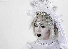 OKIMG_1257 (Claudio Marinangeli) Tags: cosplay cosplayers costumes costumi costume cosplayer girl ragazza portrait ritratto white bianco