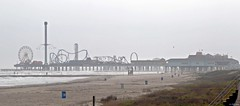 Pleasure Pier in the Afternoon Mist (zeesstof) Tags: zeesstof shortbreak relaxation photoassignment island galvestonisland maritime seasidecommunity texas southtexas peir galvestonpeir funfair