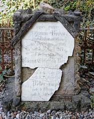 - (txmx 2) Tags: hamburg altona ottensen friedhof graveyard gravestone grabstein christianskirche broken