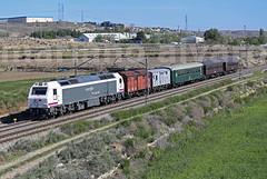 Fresa Seseña (Mariano Alvaro) Tags: 333 342 tren fresa madrid aranjuez seseña renfe coches costas vagones viajeros