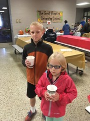 IMG_7649-102018 (octoberblue13) Tags: peninsula heritage school fall fest 2018 snack hotcocoa