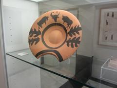 Barber's bowl, Picasso, Picasso Museum, Buitrago de Lozoya (d.kevan) Tags: museum buitragodelozoya exhibits ceramics barbersbowl drawings displaycabinets madrid spain bulls holmoaks buitragoscoatofarms