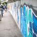 Fahrradweg durch Meran | Graffiti | Fahrradfahrer