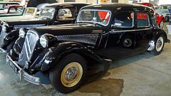 Conservatoire Citroën - Aulnay-sous-Bois (Mic V.) Tags: vintage collection classic conservatoire citroën citroen musée musee museum french car voiture aulnaysousbois 5873lz92 1954 traction essai 156h berline 15six hydropneumatic suspension