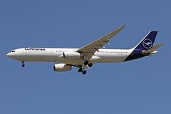 A330-3.D-AIKD (Airliners) Tags: lufthansa 330 a330 a3303 a330300 a330343 airbus airbus330 airbusa330 airbusa330300 airbusa330343 iad daikd 42719