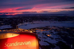 Descent into the airport (A. Wee) Tags: sas 北欧航空 scandinavianairlines östersund 飞行 flying dusk
