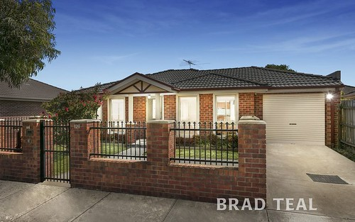 1/121 McNamara Ave, Airport West VIC 3042