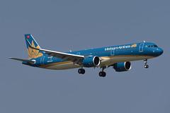 Vietnam Airlines Airbus A321-272N VN-A617 (EK056) Tags: vietnam airlines airbus a321272n vna617 bangkok suvarnabhumi airport