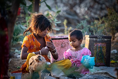 Nomadic Gypsy children, Pushkar, Rajasthan, India (Catherine Gidzinska and Simon Gidzinski) Tags: 2018 india november rajasthan tuesday children gidzinska gidzinski grainconnoisseur gypsie gypsies kid kids ajmer