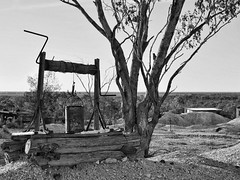 windless of hope (gro57074@bigpond.net.au) Tags: f80 2470mmf28 tamron windlassofhope dry 2019 april d850 nikon monochromatic monochrome mono blackwhite bw blackopal opal country nsw barren outback lightningridge landscape guyclift