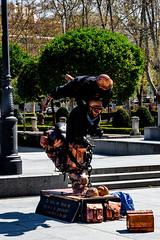 Human Statues (Matthew Warner) Tags: matthewwarner spring nikon d7100 humanstatue jerrybennett streetperformer spain nikond7100 nikkor europe 2019 madrid