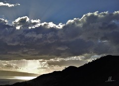 OPPOSTI (giovanni.muscara28) Tags: fotografia photography photo foto sky cielo clouds nuvole mountain montagne collina black sun sole art arte cool good giovannimuscarà morning mattina beautiful cloud nuvola sea mare light luce