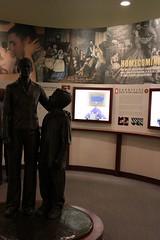 2019_TTG_Columbus GA Museum 2 (TAPSOrg) Tags: taps tragedyassistanceprogramforsurvivors tapstogethers columbus georgia nationalinfantrymuseum 2019 military indoor vertical detail statue