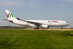 EC-MJS, Airbus A330-243 Wamos Air (Freek Blokzijl) Tags: ecmjs airbus airbusa330 a330203 wamosair charter arrival aankomst taxibaan taxien taxiwayv afternoon amsterdamairport schiphol eham ams planespotting vliegtuigspotten spotterpoint canon eos7d sigmalens wideanglelens april2019 springtime