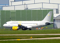 Vueling Airbus A319-111 EC-MKX (josh83680) Tags: manchesterairport manchester airport man egcc ecmkx airbus airbusa319111 a319111 airbusa319100 a319100 vueling