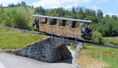 Stanserhorn Bahn, Switzerland - Car crosses the overbridge on the upper section on the 13th July 2018 (trained_4_life) Tags: stanserhornbahn switzerland stans funicular seilbahn funiculaire funicolare 缆车 kabel ケーブルカー
