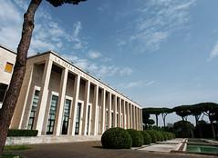 Rome : Les architecture de l'EUR (Paolo Pizzimenti) Tags: rome architecture barbare eur paolo olympus penf zuiko 12mm f2 film pellicule argentique