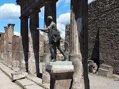 Pompeii 4 (leobos) Tags: pompei pompeii italy romanempire statues sculptures ancientworld