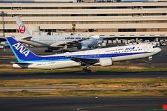 ANA Boeing 767-381/ER JA615A (Mark Harris photography) Tags: spotting haneda japan hnd ana boeing 767 canon 5d