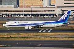 ANA Boeing 767-381/ER JA609A (Mark Harris photography) Tags: spotting haneda japan hnd ana boeing 767 canon 5d