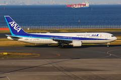ANA Boeing 767-381/ER JA606A (Mark Harris photography) Tags: spotting haneda japan hnd ana boeing 767 canon 5d