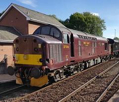 West Coast Railways Class 37 37516 'Loch Laidon' passing Maryhill Station on service 5Z52 (05-07-18) (Ricardo_Cameron) Tags: trains tractor 375 37516 lochlaidon failed railtours jacobite 37668 45212