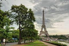 París (Jose Manuel Cano) Tags: parís eiffel color colour torre tower viaje trip