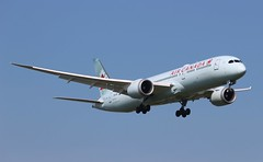 C-FGFZ Boeing 787-9 Dreamliner Air Canada (R.K.C. Photography) Tags: cfgfz boeing 7879 dreamliner b787 aircraft aviation airliner aircanada ac aca london england unitedkingdom uk 09l lhr egll londonheathrowairport canoneos100d