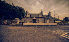 Craigroy Cottage. (Alex-de-Haas) Tags: aurorahdr aurorahdr2019 benhope benloyal bergen blackstone braetongue d850 gb greatbritain hdr irix irix11mm irixblackstone kyleoftongue lairg lightroom nikon nikond850 schotland scotland skylum sutherland tongue uk unitedkingdom berg cloud clouds highlands holidays hooglanden journey landscape landschaft landschap lucht mountain mountains nature natuur outdoor outdoors reis reizen roadtrip rondreis skies sky summer travel travelling vacation vakantie wolk wolken zomer