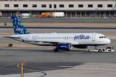 "N527JL | Airbus A320-232 | jetBlue Airways ""Blue Bayou"" (cv880m) Tags: newyork jfk kjfk kennedy aviation airliner airline aircraft airplane jetliner airport n527jl airbus a320 320200 320232 jbu jetblue jetblueairways bluebayou highrise"