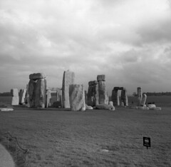 Stonehenge, Wiltshire, UK (AJH_1) Tags: stonehenge wiltshire uk zeiss ikon nettar 120mm kodak tmax 100iso monochrome blackandwhite bw monument landmark britain