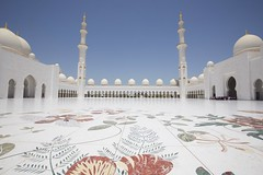 SHEIKH ZAYED GRAND MOSQUE 01 (YUICHI38) Tags: sheikhzayedgrandmosque abudhabi uae mosque beautifularchitecture