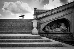 château de Chantilly 1 nb (gilles207) Tags: chateau chantilly oise nag ngc 60 canon 5d histoire renaissance reflet parc eau castle