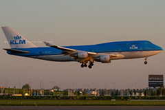 PH-BFH // KLM // Boeing 747-406(M) (Martin Fester - Aviation Photography) Tags: phbfh klmroyaldutchairlines boeing747406m klm royaldutchairlines 747 b747 b747400 amseham amsterdam amsterdamschiphol ams kaagbaan amsterdamkaagbaan airplane aircraft planes flugzeuge aviation avgeek airbus aviationlovers aviationphotography plane flickraviation planespotting flickrplane aviationdaily aviationgeek aviationphotograph aircraftspotter avgeekphoto airbuslover aviationspotters airplanepictures planepicture worldofspotting planespotter planeporn aviationpic aviationgeeks aviationonflickr aviation4you aeroplanes