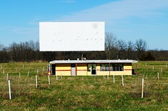 Clark 54 Drive-In - Summer Hill, Illinois (Cragin Spring) Tags: drivein driveintheatre abandoned theatre outdoor illinois il midwest unitedstates usa unitedstatesofamerica rural clark54 clark54drivein screen field concession pikecounty pikecountyil pikecountyillinois summerhill summerhillil summerhillillinois