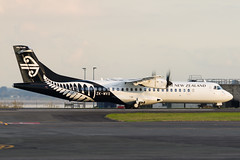 Mount Cook ATR72 (Daniel Talbot) Tags: akl at76 atr atr72 atr72600 auckland aucklandairport aucklandregion mountcookairline nzaa newzealand northisland teikaamāui zkmvx aircraft airplane airplanes airport autumn aviation maker oceania plane season seasons transportation