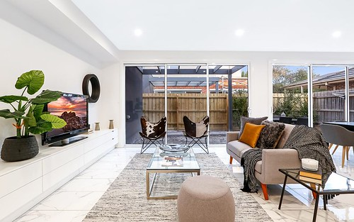 2/11A South Road, Airport West VIC 3042