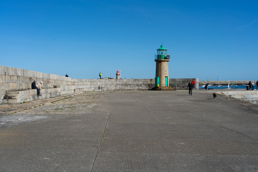 THE END OF THE WALK ALONG THE WEST PIER [DUN LAOGHAIRE HARBOUR]-152206