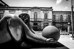 Arrullo__ (RiversideMovie&Pictures Wildlife) Tags: art artexhibition costarica figuren jiménezderedia jiménezderediaensanjosé kunst sanjose