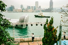 Portra400 | central promenade, Hong Kong | Mar 2019 (Wongweihimphoto) Tags: hk hongkong waterfront 35mmlens kaws leicam6 ferrytale streetphotography