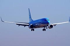Boeing 737-8K2  PH-BGC — KLM Royal Dutch Airlines (Wajdys) Tags: boeing klm royaldutchairlines 7378k2 phbgc boeing737 b737800 b738 boeing737800 series8k2 plane planes prglkpr vaclavhavelairportprague ruzyne ruzyně letištěpraha eu europe pragueairportruzyne pragueairport airportprague spotter planespotting spotters travel transport letadla landing přistání skyteamairlinealliance airline airliners alliance skyteam flight cn30361 photography photo photographer czech czechia airport flughafen letiště letisko prague prag praha praga praguecz jet 2engines cockpit wheel gear amazing flickr invitation followme sky airfleets