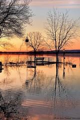 28-52 Josée Ferland - ISO1600 (Josée Ferland) Tags: coucher soleil sainteannedebellevue inondation