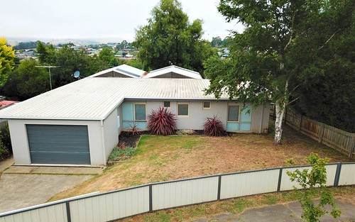19 BLAIR CRESCENT, Leongatha VIC 3953