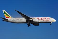 ET-AOT (Ethiopian Airlines) (Steelhead 2010) Tags: ethiopianairlines boeing b787 b7878 yyz etreg etaot